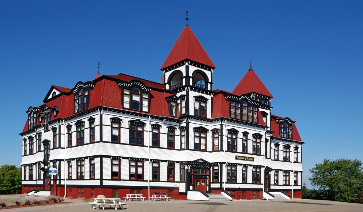Academia Lunenburg