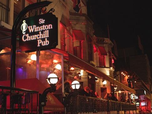 Complexo de Pubs Sir Winston Churchill. Fonte: Quebec Original.